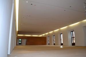 Fig.18-interior de sala de planta primera   Bajo forjado postesado. Año 2009.