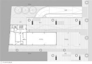 Figura 15. La planta baja es diáfana y deja libre buena parte de la parcela en su cara posterior para los accesos a sótano y zonas ajardinadas de uso comunitario.