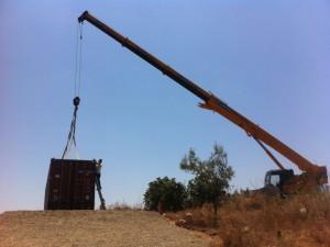 Fig. 5. Imágenes de la colocación de la Antena del Ecocentro.